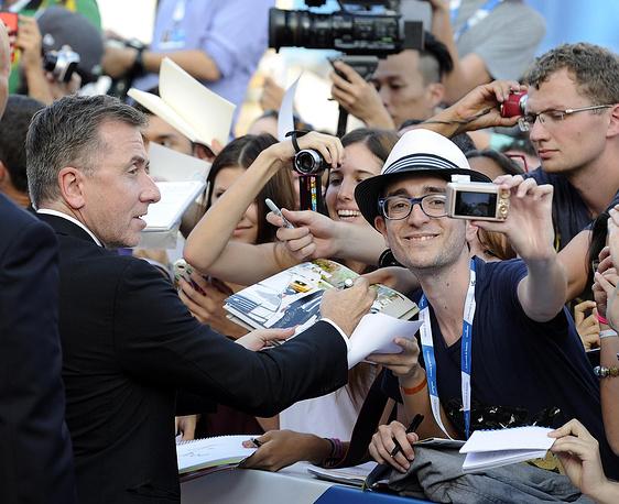 Британский актер Тим Рот