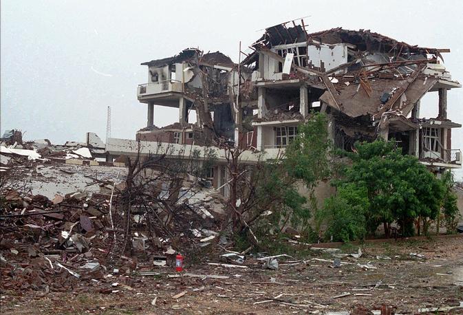 20 августа 1998 года США в ответ на теракты нанесли удары по Афганистану и фармацевтической фабрике в Судане, где, как подозревали американские власти, производилось химоружие. На фото: фабрика в Хартуме (Судан)