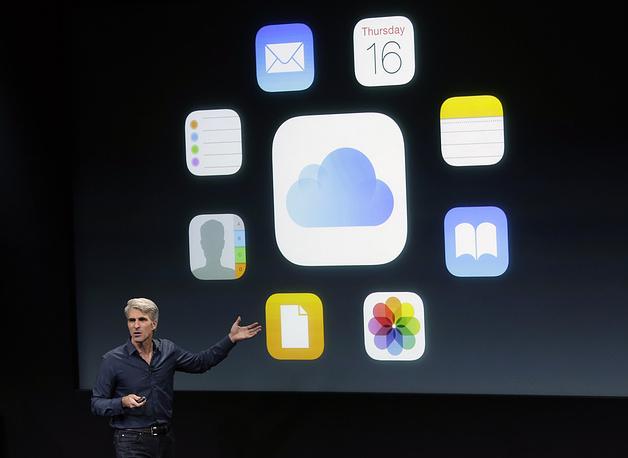 Устройства работают на базе операционной системы iOS 8.1, которая до презентации была на стадии бета-тестирования. По словам вице-президента компании по программному обеспечению Крейга Федериги (на фото), iOS 8.1 будет доступна 20 октября