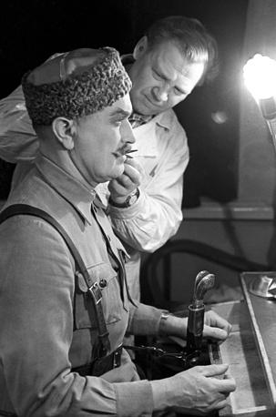 Актер Николай Гриценко, окончил Щукинское училище в 1940 году