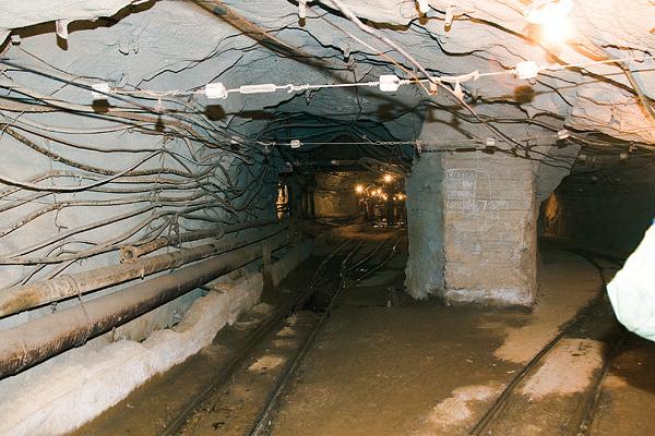 Берёзовский рудник (город Березовский, Свердловская область), где добывают золото