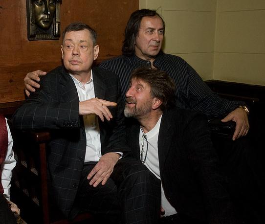 Актеры Николай Караченцов, Леонид Ярмольник и каскадер Александр Иншаков (слева направо)