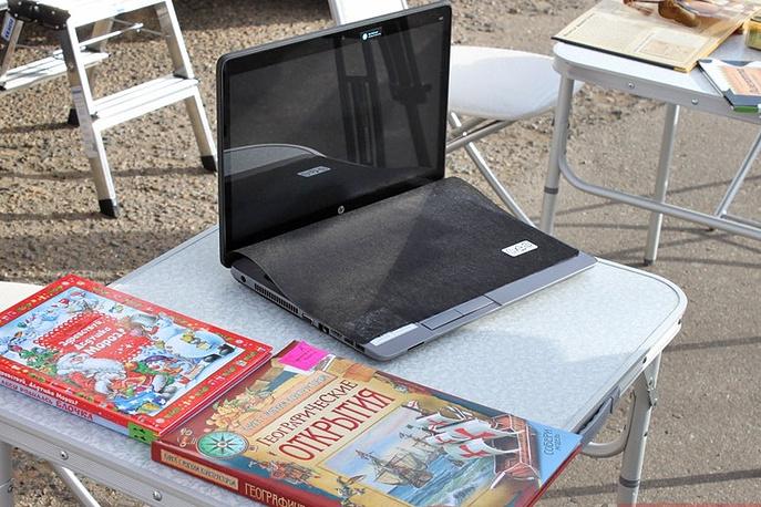 Помимо книг, библиобус оснащён современной техникой