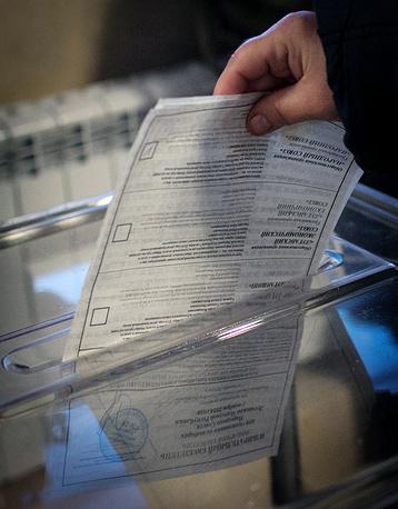 Отсутствие единого списка избирателей на выборах в ДНР не повлияло на легитимность выборов. Такое мнение выразил международный наблюдатель член сената Италии Лючио Малан