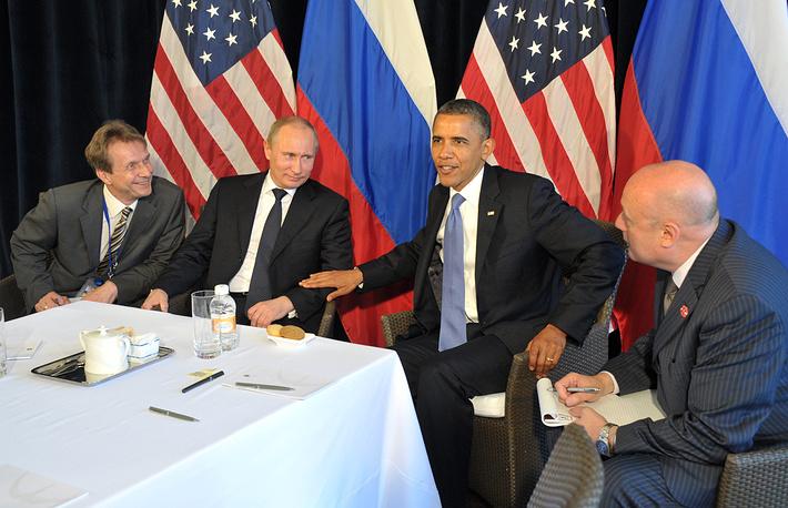 """Встреча Путина и Обамы в качестве лидеров стран состоялась перед открытием саммита """"двадцатки"""" в мексиканском Лос-Кабосе в 2012 году. Беседа проходила в гостинице """"Эсперанса"""", ставшей на время саммита резиденцией Барака Обамы. Таким образом, формально переговоры проходили на американской территории"""