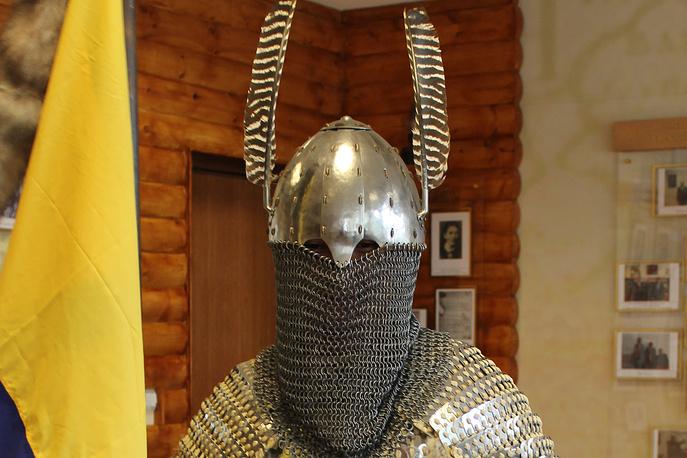 """Научно-историческая реконструкция шлема древнетюркского воина-""""бури"""" VI-VIII вв."""