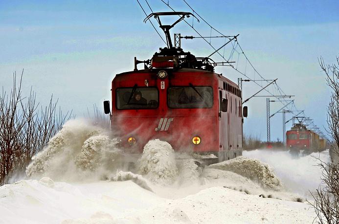 Последствия сильного снегопада в городе Нови-Сад, Сербия, февраль 2014 года