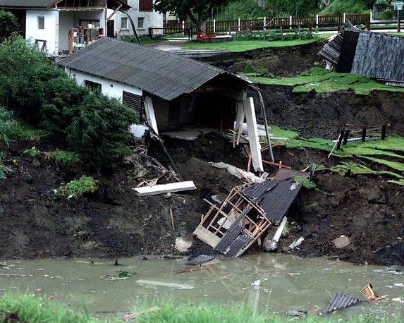 Разрушения в результате провала шахты в австрийском Лассинге, 1998 год