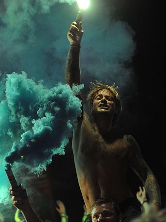 17 августа. Зрители во время выступления немецкой группы Scooter на фестивале KUBANA-2014 в поселке Веселовка Краснодарского края