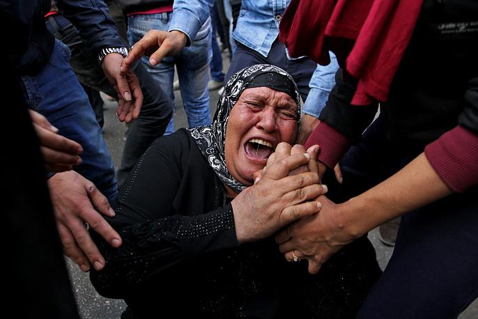 """Согласно данным суда, жертвами беспорядков в дни революции """"25 января"""" стали 239 человек, ранения получили 1588. Ранее назывались другие цифры - 850 погибших, более 6 тыс. пострадавших"""