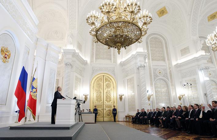 В 2012 году глава государства обозначил задачи не только на текущий год, но и на весь срок своих полномочий до 2018 года. Главными темами стали запрет для чиновников владеть зарубежными счетами, возвращение выборов в Госдуму по смешанной системе