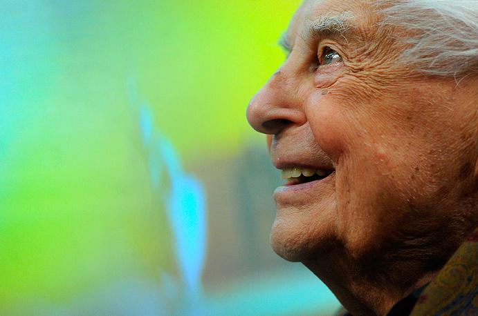 Народный артист РФ скончался на 98 году жизни. По словам самого режиссера, он проработал на театральном поприще 80 лет