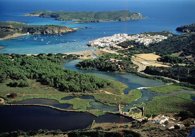 Балеарские острова отличает огромное богатство пейзажей