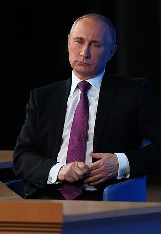 При 17% ключевой ставки сложно, если вообще возможно развивать ипотеку. Путин надеется, что банки не будут спешить с пересмотром ставок ипотечного кредитования