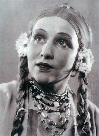За свою карьеру Зоя Булгакова сыграла более 70 ролей детского классического репертуара