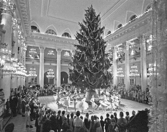 Новогодняя елка в Колонном зале Дома союзов, Москва, 1963 год