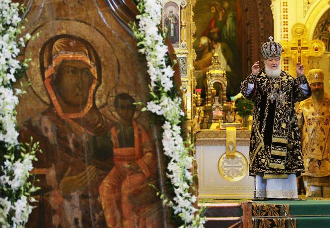 """Образ """"Одигитрии"""" - один из самых почитаемых на русской земле. По преданию, он был написан евангелистом Лукой во время земной жизни Богородицы"""
