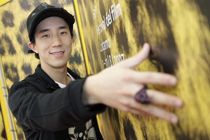 Джейси Чан был арестован в августе 2014 года, когда полиция обнаружила в его пекинской квартире несколько лиц, употреблявших наркотики. За содержание наркопритона сын Джеки Чана отсидел в тюрьме шесть месяцев, освободившись в феврале 2015 года