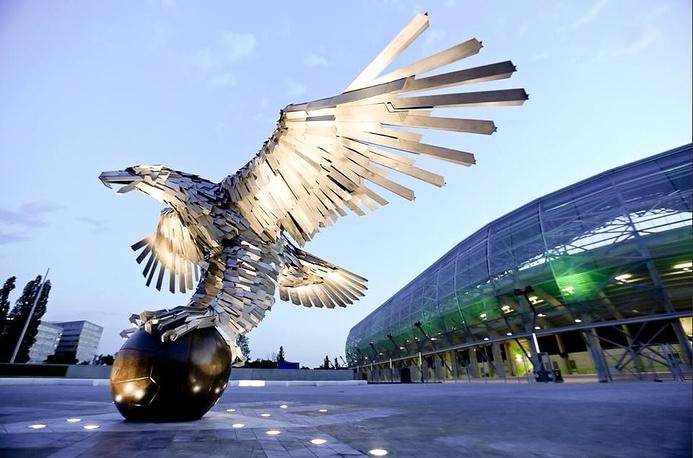"""Стадион """"Альберт Флориан"""" (Albert Florian Stadium), располагается в столице Венгрии Будапеште. Вместимость: 23,7 тыс. зрителей. Домашняя арена клуба """"Ференцварош"""". Ввод в эксплуатацию: август 2014 года"""