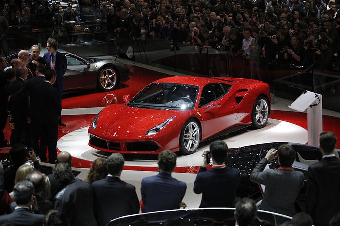 Новинка от итальянской Ferrari - суперкар 488 GTB, ставший преемником 458 Italia