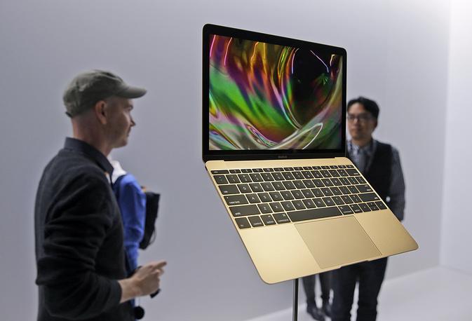 Новый Macbook Air поступит в магазины 10 апреля. По словам Тима Кука, стоимость компьютера составит от 1299 долларов до 1599 долларов