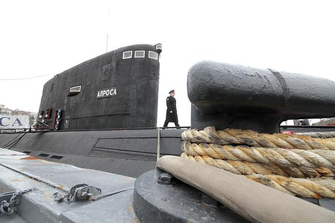 """Многоцелевая дизель-электрическая подводная лодка из состава Черноморского флота Б-871 """"Алроса"""""""