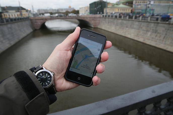 """Спутниковыми картами пользуется весь мир. Карты """"Яндекс"""" и Google закачены в любой смартфон"""