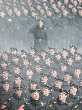 Всего торжественные мероприятия с привлечением армии и флота пройдут в 70 городах России