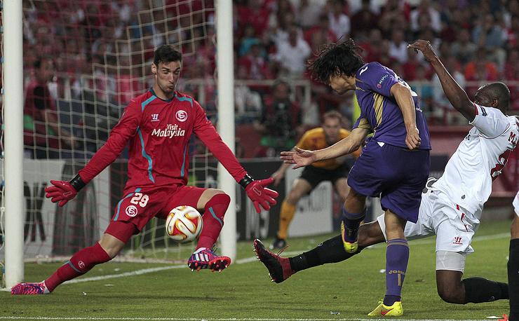 Игроки итальянской команды имели несколько хороших моментов для того, чтобы поразить ворота соперника, но в завершающей стадии атак им не хватало точности