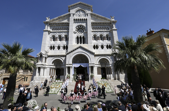 Церемония крещения детей князя Альбера II и его супруги Шарлен