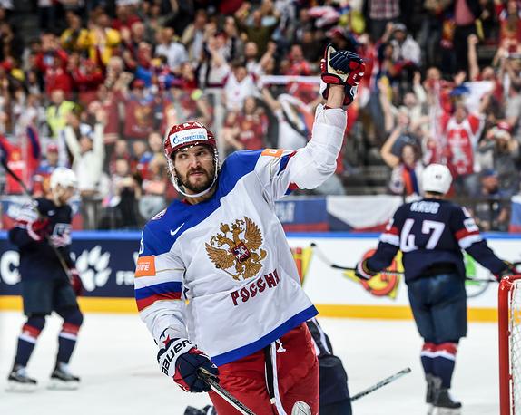 Нападающий Александр Овечкин присоединился к сборной России в пятницу. В первом же матче на турнире он забросил шайбу и отдал результативную передачу