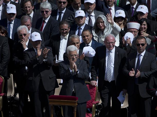 Президент Палестины Махмуд Аббас во время церемонии канонизации христианских монахинь из Палестины