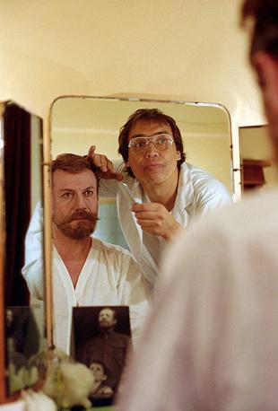"""Спектакль Малого театра """"...И Аз воздам"""", 1990 год. Актер Юрий Соломин, играющий роль Николая II"""
