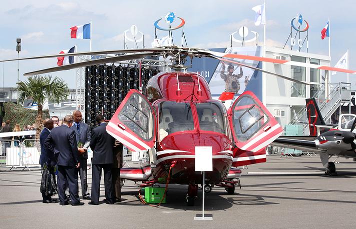 Вертолет Bell 429 WLG