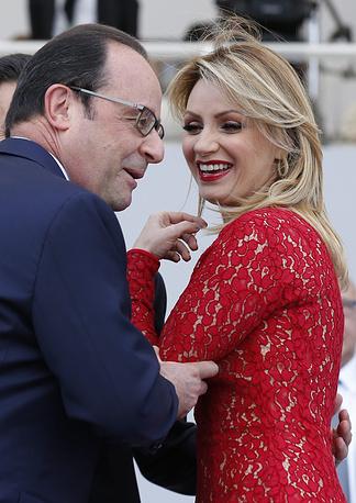 Президент Франции Франсуа Олланд с супругой президента Мексики Анжеликой Ривера