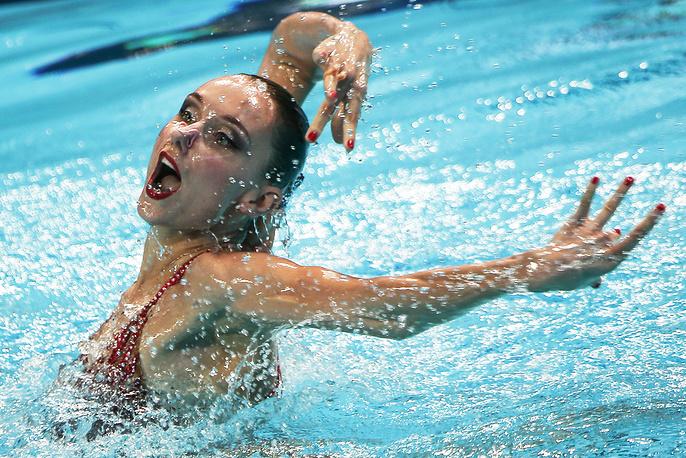 Российская синхронистка Наталья Ищенко во время выступления с произвольной программой в финале, 29 июля