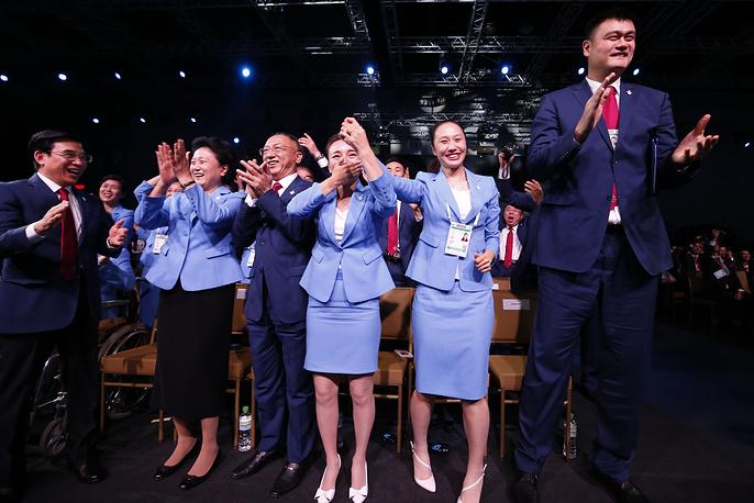 """Члены делегации """"Пекин-2022"""" во время 128-й сессии Международного олимпийского комитета"""