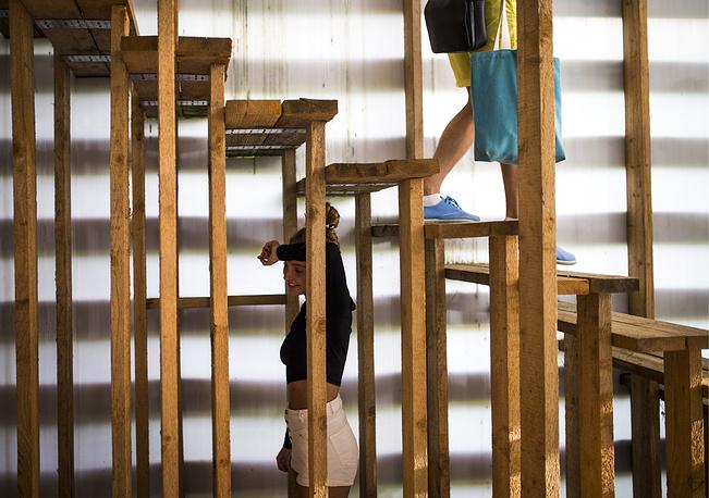 "Объект ""Зеленый офис"" на фестивале ""Архстояние - 2015"" в деревне Никола-Ленивец"