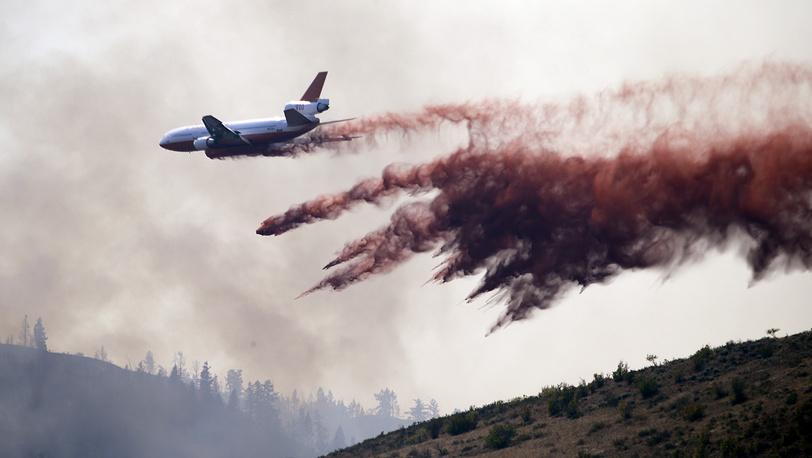 Тушение лесных пожаров в Твисте, штат Вашингтон, США, 20 августа