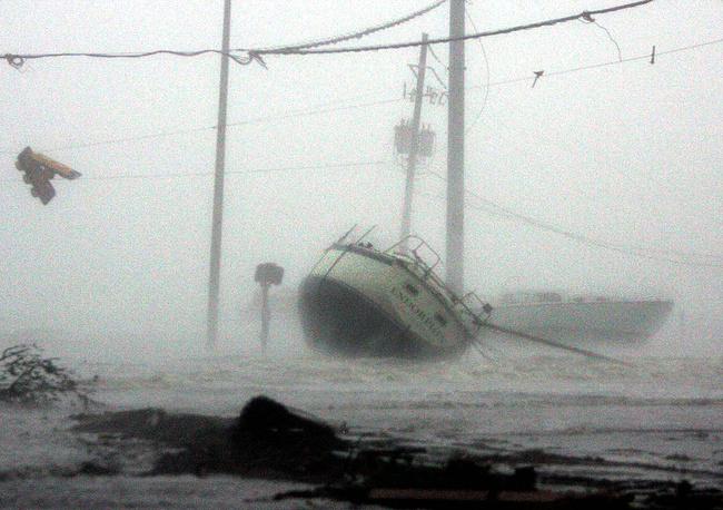 """Ураган """"Катрина"""" надвигается на побережье Мексиканского залива, 29 августа, 05:30 утра, Галфпорт, Миссисипи"""