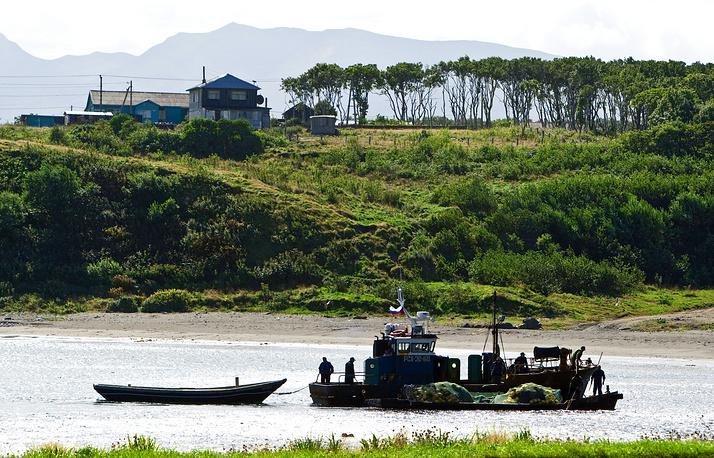 В бухте Оля на острове Итуруп (Курилы)
