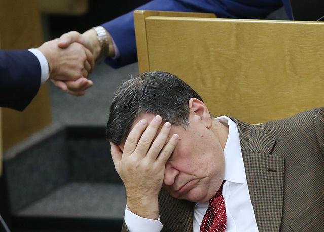 Председатель комитета Госдумы РФ по бюджету и налогам Андрей Макаров на пленарном заседании Государственной думы РФ, 23 октября