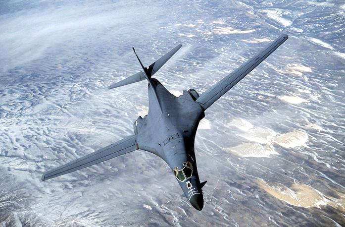 Сверхзвуковой стратегический бомбардировщик Rockwell B-1 Lance