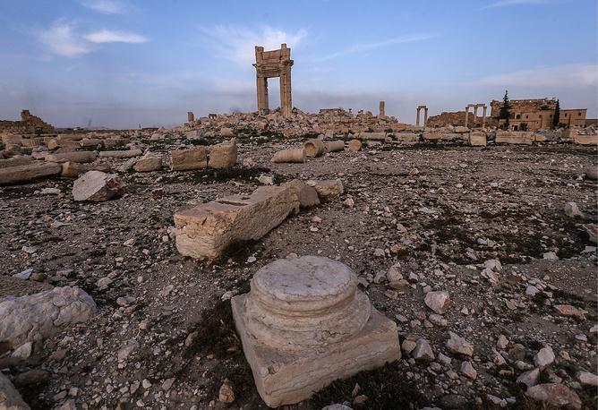 Развалины взорванного храма Бэла