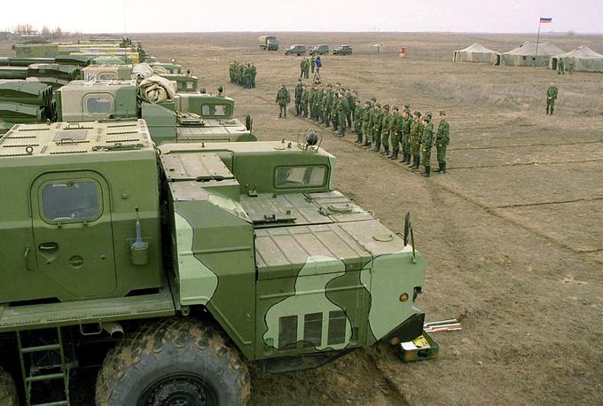 Командно-штабные мобилизационные учения ракетных войск на полигоне Капустин Яр, 2001 г.