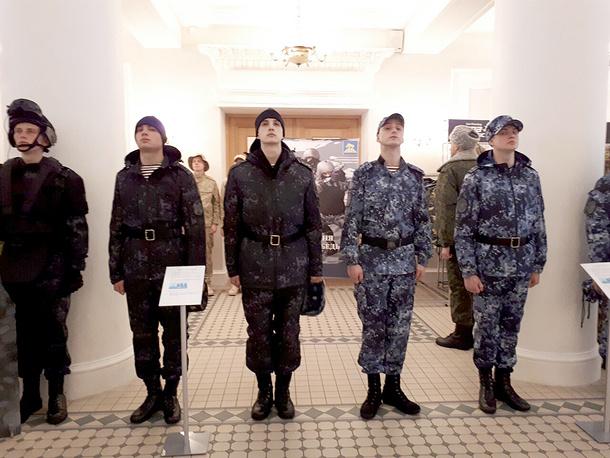 Навыставке вБалашихе показали образцы формы войск— Росгвардия меняет стиль