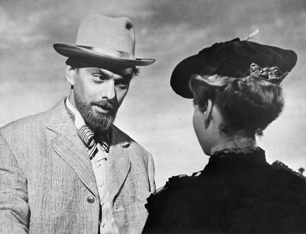 """Главную роль в экранизации чеховского рассказа """"Дама с собачкой"""" (1960 год) актер получил только благодаря непреклонной позиции режиссера Иосифа Хейфица."""