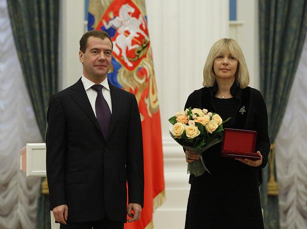 С президентом РФ Дмитрием Медведевым на церемонии вручения государственных наград в Кремле, 2011 год