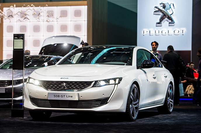 Второе поколение французского седана Peugeot 508 было представлено в Женеве впервые. Автомобиль оказался короче, ниже и агрессивнее предшественника