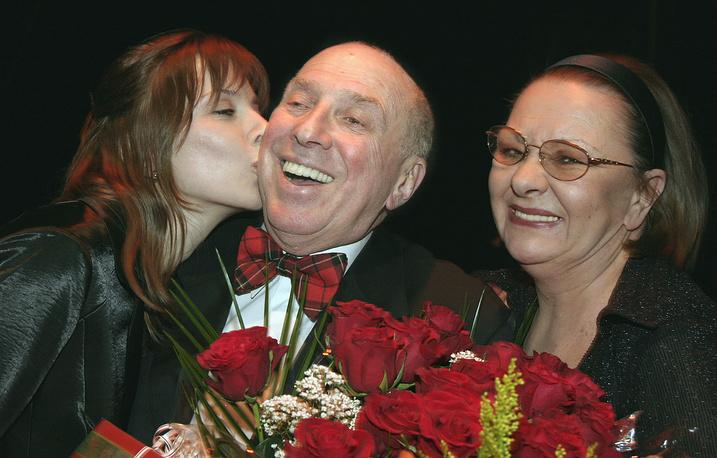 С дочерью Дарьей и супругой Натальей Теняковой, 2005 год
